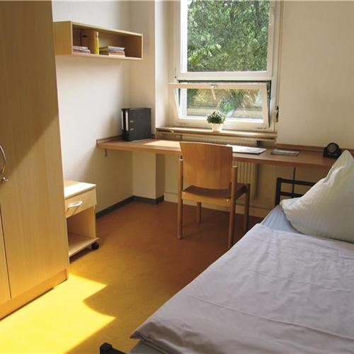 zimmer und ausstattung caritasverband karlsruhe e v. Black Bedroom Furniture Sets. Home Design Ideas